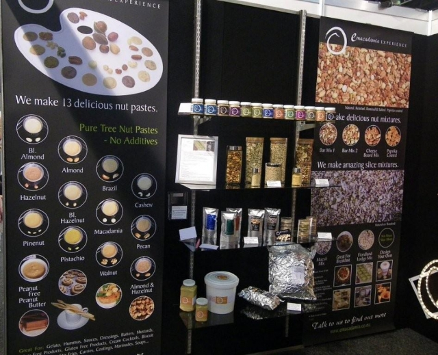 Nut pastes and nut mixes banners.